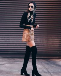 Inspiring skirt and boots combinations for fall and winter outfits 76