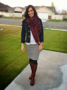 Inspiring skirt and boots combinations for fall and winter outfits 79