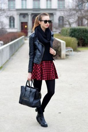 Inspiring skirt and boots combinations for fall and winter outfits 84