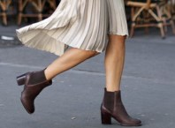 Skirt and boots combinations for fall and winter