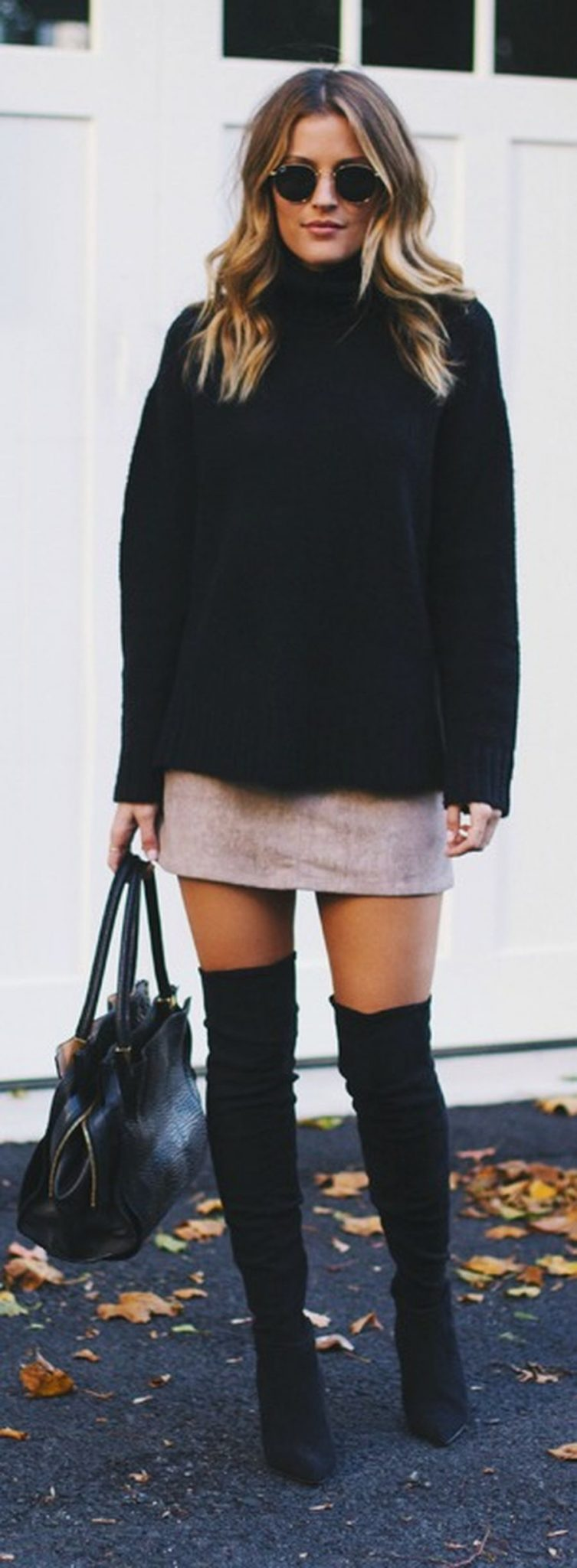 Skirt trends ideas for winter outfits this year 24