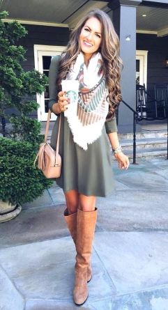 Skirt trends ideas for winter outfits this year 6