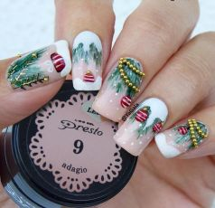 Cool holiday nails arts 24