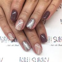 Cool holiday nails arts 30