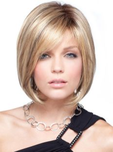 Cool hair style with feathered bangs ideas 15