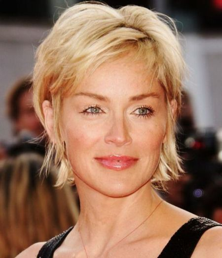 Fabulous over 50 short hairstyle ideas 61