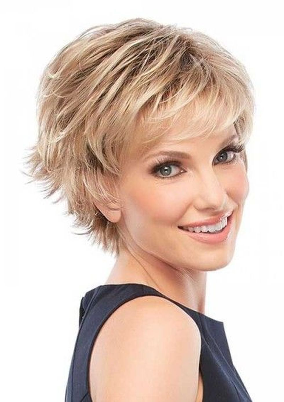 Fabulous over 50 short hairstyle ideas 68
