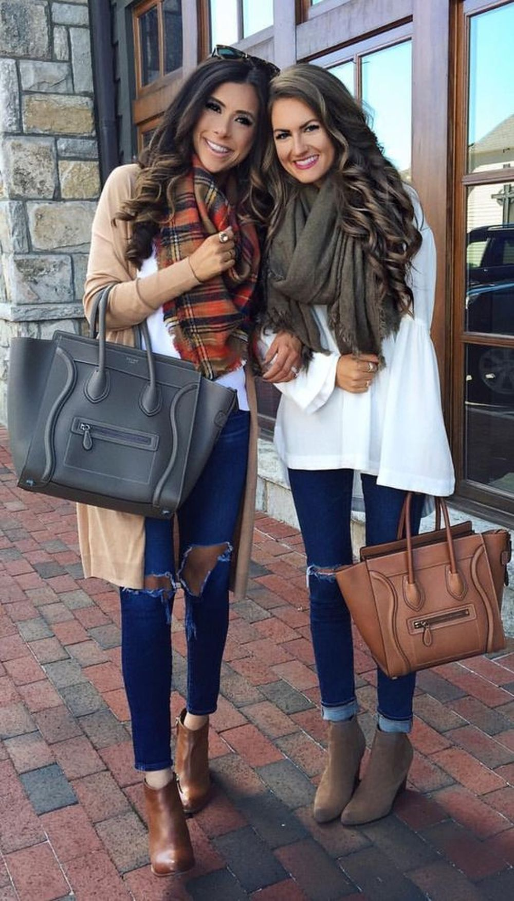 Fashionable scarves for winter outfits 55