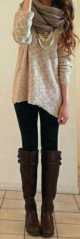 Fashionable scarves for winter outfits 77
