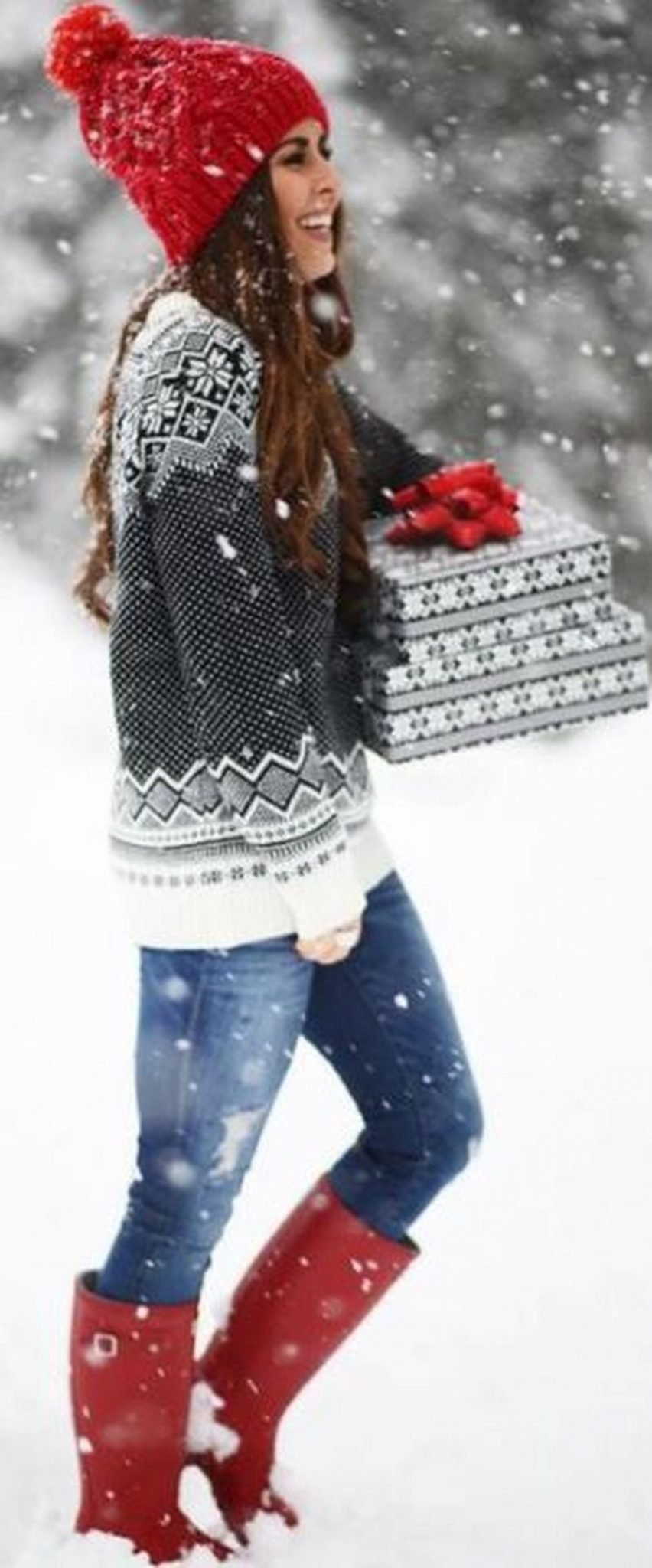 Fashionable women hats for winter and snow outfits 41