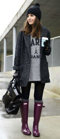 Fashionable women hats for winter and snow outfits 50