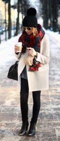 Fashionable women snow outfits for this winter 2