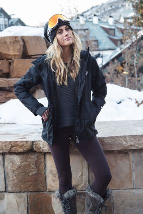 Fashionable women snow outfits for this winter 66