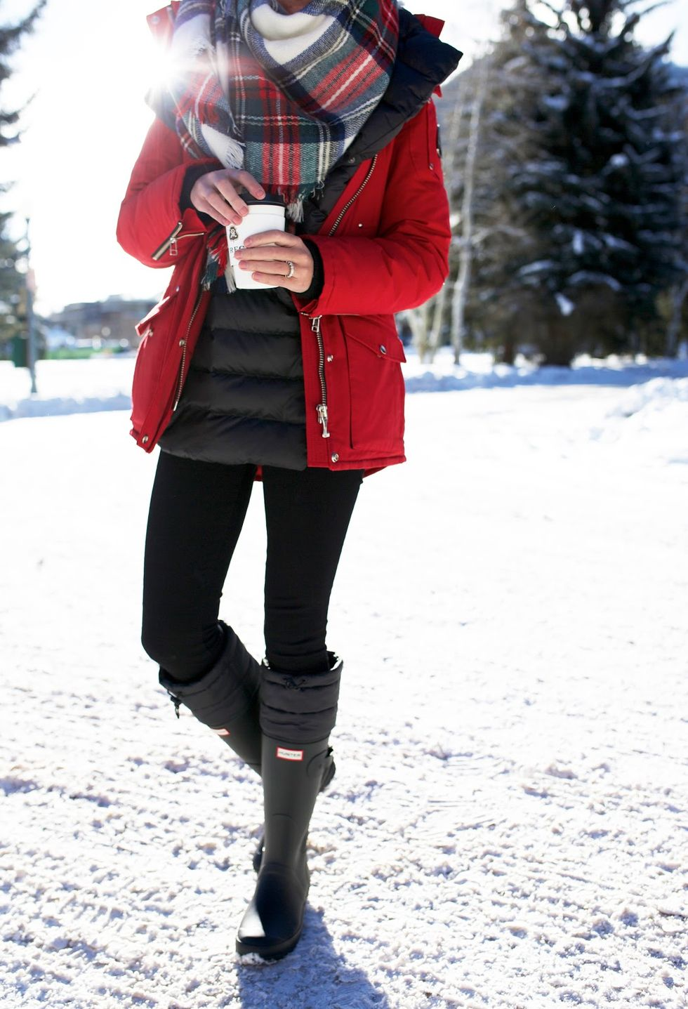 Fashionable women snow outfits for this winter 8