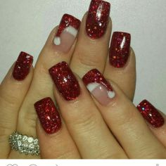 Gorgeous christmas nails ideas 109