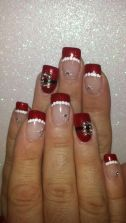 Gorgeous christmas nails ideas 11