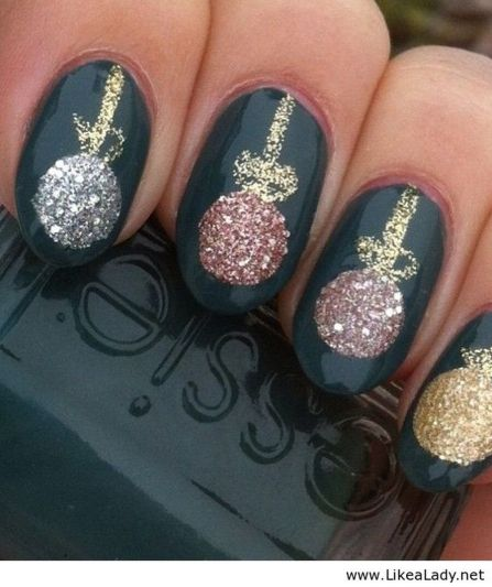 Gorgeous christmas nails ideas 126