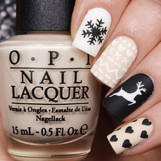 Gorgeous christmas nails ideas 131