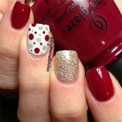 Gorgeous christmas nails ideas 28