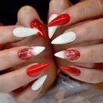 Gorgeous christmas nails ideas 6