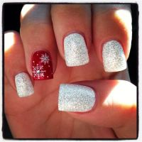 Gorgeous christmas nails ideas 62