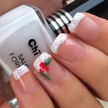 Gorgeous christmas nails ideas 68