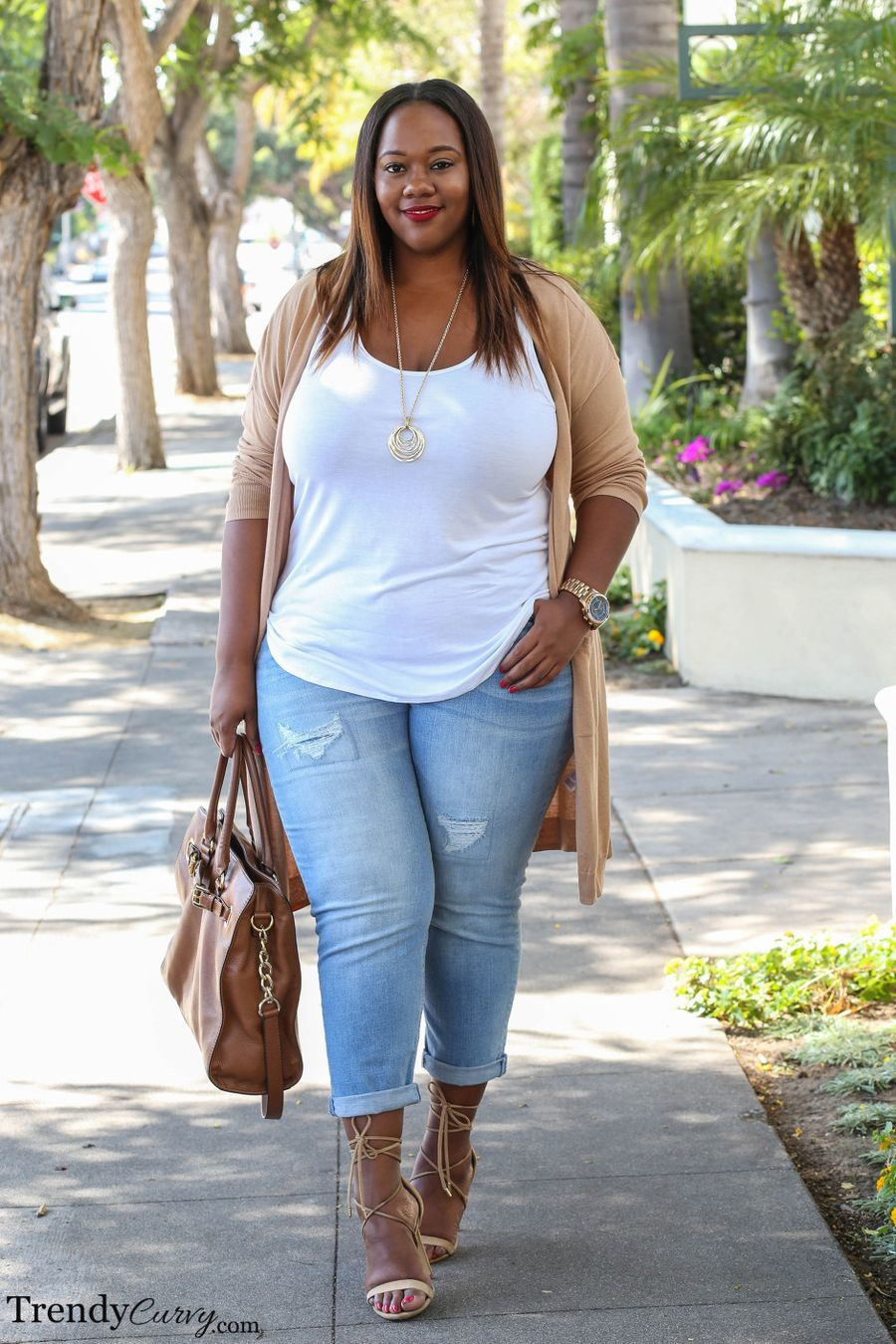 Inspiring winter outfits for plus size 44
