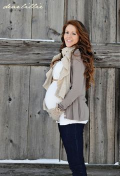 Maternity fashions outfits for fall and winter 84