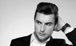 Men classy modern pompadour hairstyle 12
