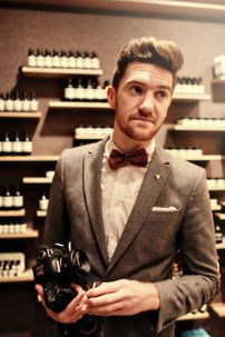 Men classy modern pompadour hairstyle 39