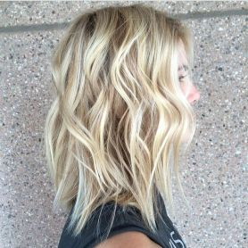 Stylish blonde lobs haircut ideas 12