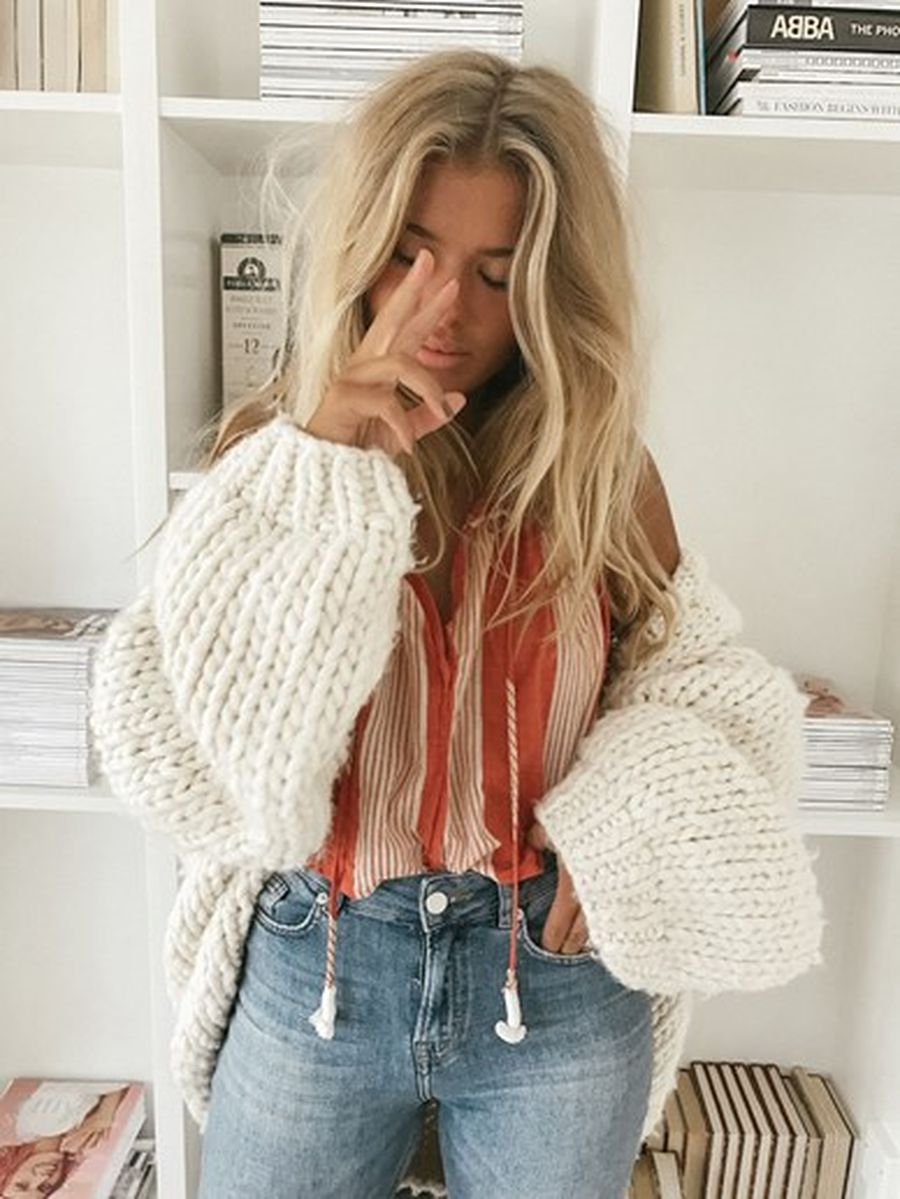 Boho dress for holiday and vacation outfits 10