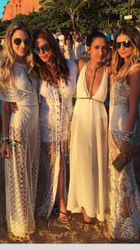 Boho dress for holiday and vacation outfits 7