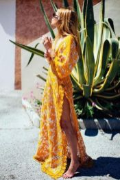Boho dress for holiday and vacation outfits 9
