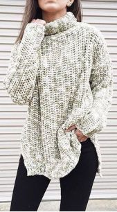 Fashionable oversized sweater for winter outfit 28