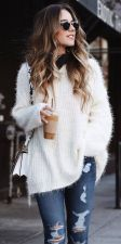 Fashionable oversized sweater for winter outfit 4