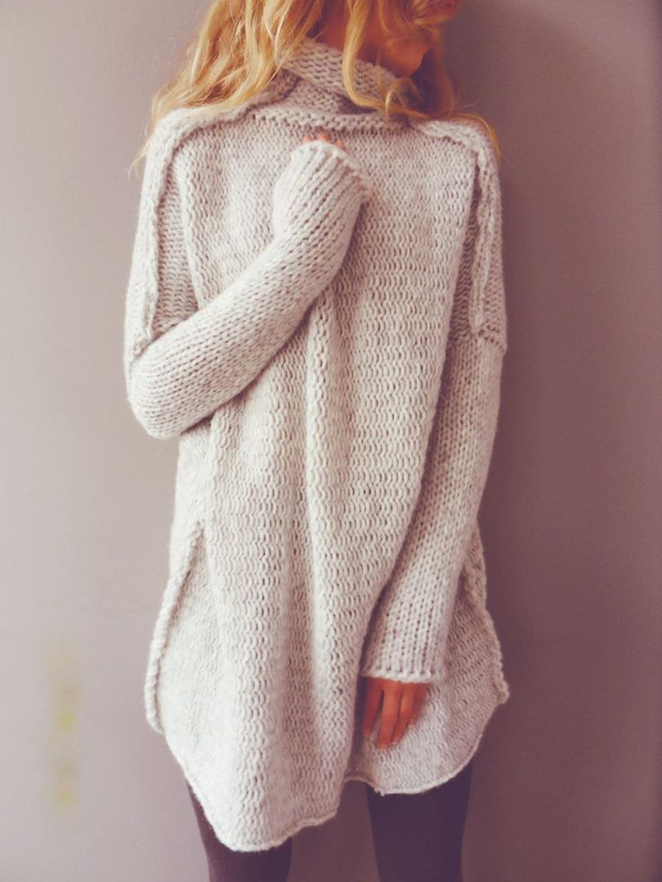 Fashionable oversized sweater for winter outfit 48