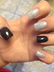 Sweet acrylic nails ideas for winter 114