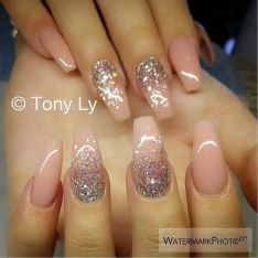 Sweet acrylic nails ideas for winter 115