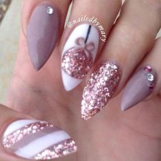 Sweet acrylic nails ideas for winter 123
