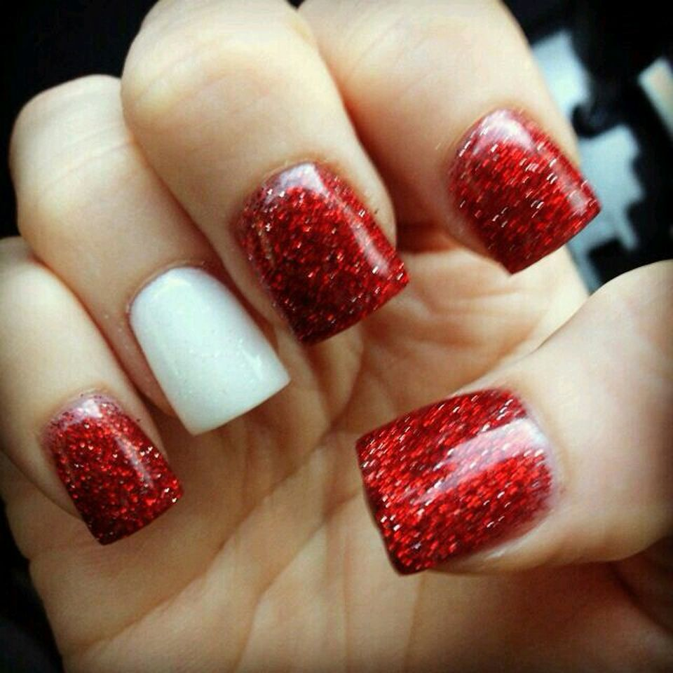 Sweet acrylic nails ideas for winter 49