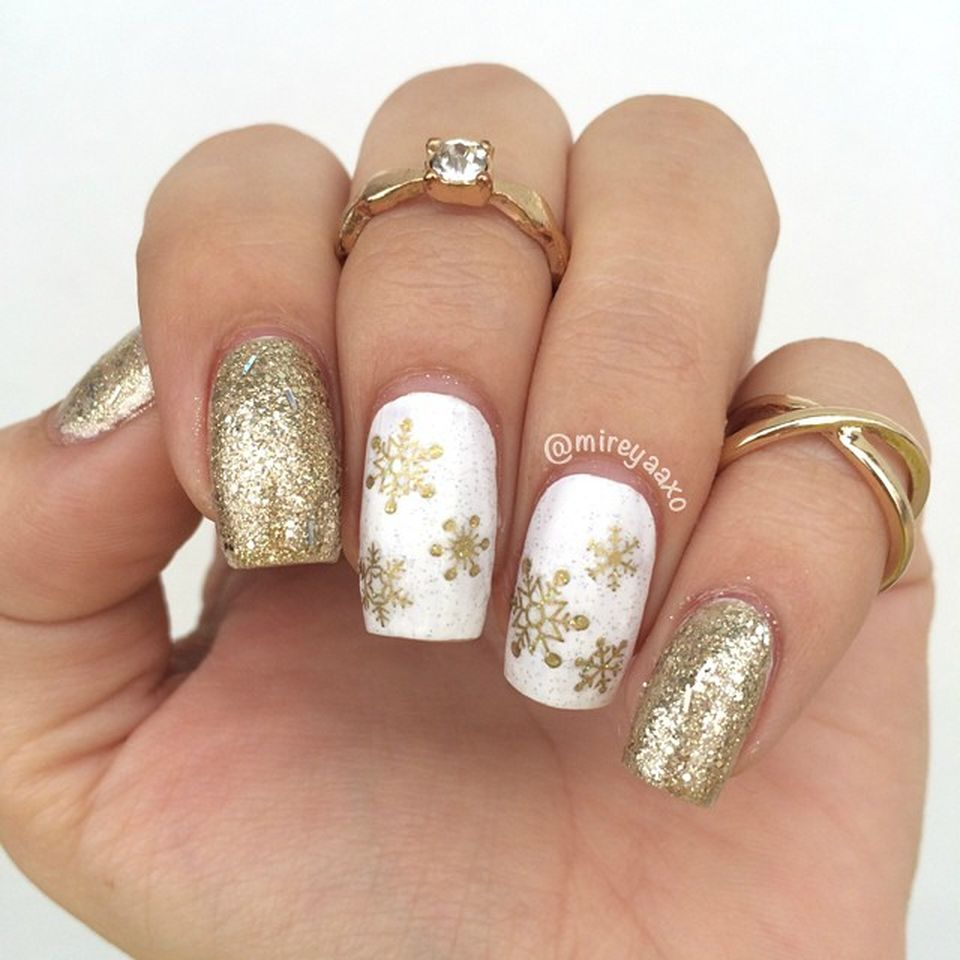 Sweet acrylic nails ideas for winter 82