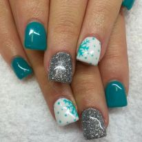 Sweet acrylic nails ideas for winter 84