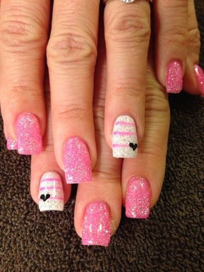 Lovely valentine nails design ideas 14