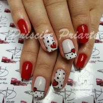 Lovely valentine nails design ideas 23