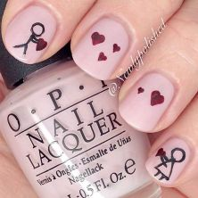 Lovely valentine nails design ideas 38