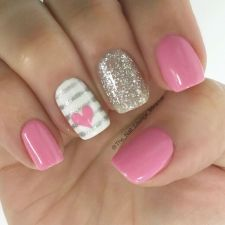 Lovely valentine nails design ideas 5
