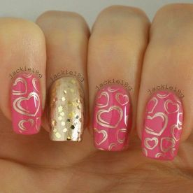 Lovely valentine nails design ideas 52