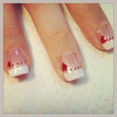 Lovely valentine nails design ideas 56