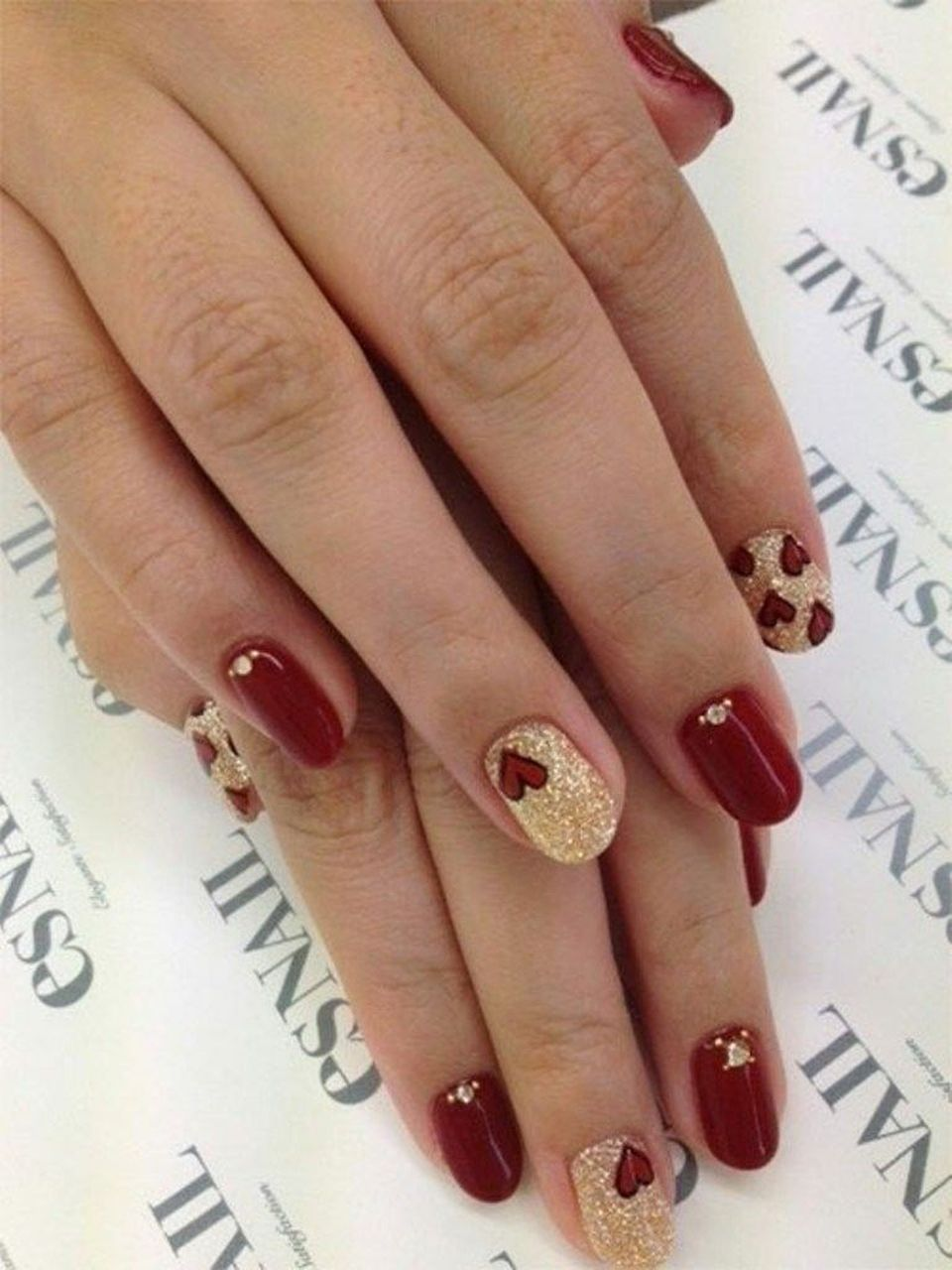 Lovely valentine nails design ideas 58